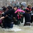 Migranti attraversano fiume in piena: 3 morti in Macedonia 15