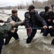 Migranti attraversano fiume in piena: 3 morti in Macedo 3nia