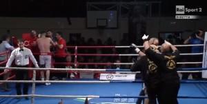 YOUTUBE Mirko Ricci perde con Demchenko. Poi scoppia rissa