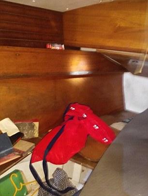 YOUTUBE Filippine, mummia su yacht. Mistero del tedesco8
