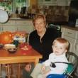 YOUTUBE - Canta per la nonna malata di Alzheimer e commuove07