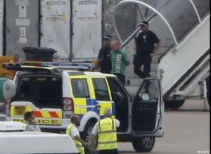 """""""C'è terrorista a bordo"""". Paura su volo Easyjet a Vienna"""