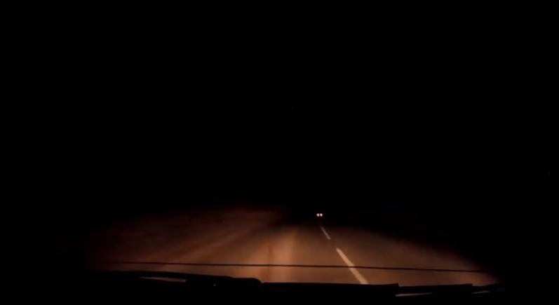 YOUTUBE Palla di fuoco illumina cielo in Scozia: meteorite?