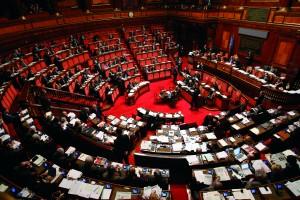Guarda la versione ingrandita di Parlamentari lavorano di più, guadagnano...122 euro l'ora