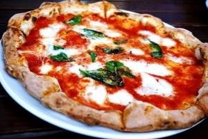 """Pizza margherita fa bene a salute: ecco quella """"terapeutica"""""""
