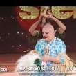 Platinette perde gonnellino a Ballando con le Stelle VIDEO9