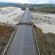 YOUTUBE Ponte crolla a Stitigliano causa maltempo e pioggia