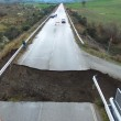 YOUTUBE Ponte crolla a Stitigliano causa maltempo e pioggia 9