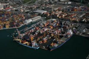 Guarda la versione ingrandita di La Spezia porto preferito dalla 'ndrangheta per la droga