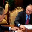 Vladimir Putin ufficio, oggetto misterioso. Cos'è? FOTO
