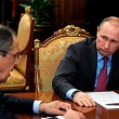 Oggetto misterioso nell'ufficio di Putin: ecco cos'è FOTO