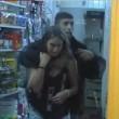 Rapinatore tiene in ostaggio ragazza per ore a Tandil VIDEO
