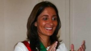 Maddaloni, sindaco Rosa De Lucia arrestata: tangenti rifiuti