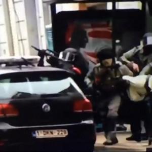 YOUTUBE Arresto Salah, il blitz con sparatoria a Molenbeek