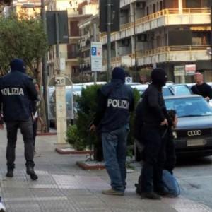 Terrorismo: algerino preso a Salerno. Documenti falsi a...