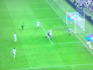 Guarda la versione ingrandita di Sassuolo-Milan 2-0, il gol di Sansone