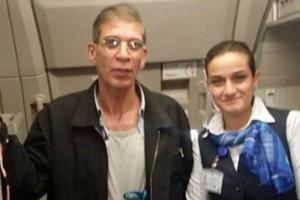 YOUTUBE EgyptAir, passeggero va dal dirottatore per selfie