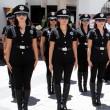 """Messico, addio sexy poliziotte: """"Danneggiano il corpo6"""