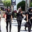 """Messico, addio sexy poliziotte: """"Danneggiano il corpo5"""