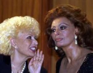 """Maria Scicolone: """"Sophia Loren mi comprò il cognome"""