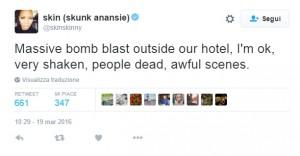 Bomba Istanbul, Skin twitta l'orrore dei morti e feriti