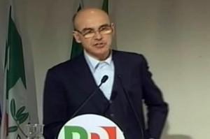 """Renato Soru """"vattene"""". Pd sardo lo scarica per lettera su Fb"""