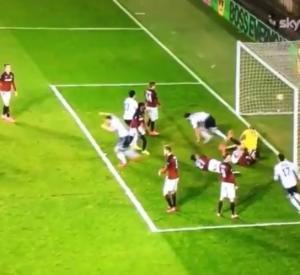 Guarda la versione ingrandita di Sparta Praga-Lazio, il gol di Marco Parolo