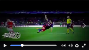 Luis Suarez video gol rovesciata Barcellona-Arsenal 3-1