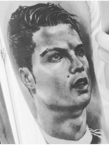 Cristiano Ronaldo con il suo fan di Merano
