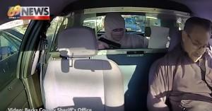Rapina tassista con pistola, sceriffo lo arresta