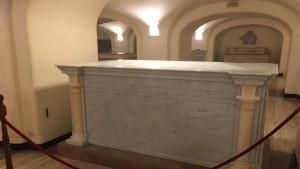 Guarda la versione ingrandita di Papa, ecco la possima tomba FOTO