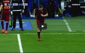 YOUTUBE. Real-Roma, Totti entra: ovazione del Bernabeu