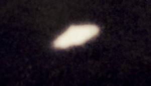 """""""Ho fotografato una navicella aliena"""": pensionato racconta..."""