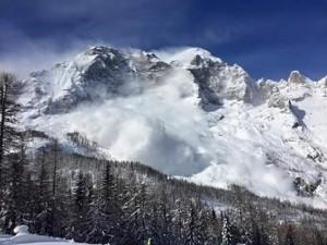 Valanga in Trentino, travolti 3 tedeschi