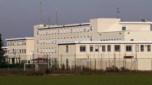 Velletri, droga e cellulari a detenuti carcere: 14 arresti