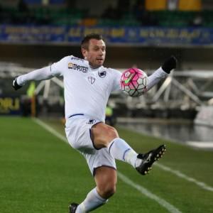 Guarda la versione ingrandita di Verona-Sampdoria, Cassano nella foto Ansa