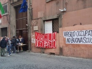 Virgilio liceo Roma: erba e hashish a ricreazione, 6 arresti