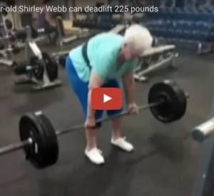 """YouTube, la nonna """"Hulk"""": alza 100 kg senza fatica VIDEO"""
