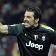 """Buffon gaffe, cita Mussolini il 25 aprile: """"Spezzato le reni"""""""