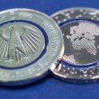 """Moneta 5 euro, ecco come sarà la """"Blue Planet Earth"""" 01"""