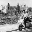 """Vespa, il """"mito"""" a due ruote compie 70 anni 03"""