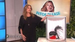 YOUTUBE Julia Roberts vende kit sadomaso in tv