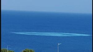 Ischia, strano cratere in mare vicino Casamicciola