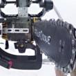 Drone con motosega per decapitare pupazzo di neve2