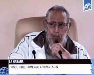 YOUTUBE Fidel Castro riappare in pubblico dopo 9 mesi FOTO