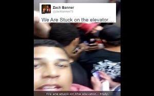 Giocatori football troppo grassi, ascensore bloccata2