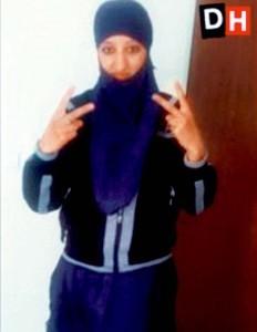 Una donna ha tradito il terrorista di Parigi e vive scortata