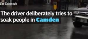 Guarda la versione ingrandita di Londra, sgomma nelle pozzanghere per bagnare passanti