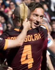 Guarda la versione ingrandita di Roma-Napoli 1-0: foto-pagelle-highlights, Nainggolan gol