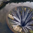 YOUTUBE Portogallo, il lago con il buco dentro 8